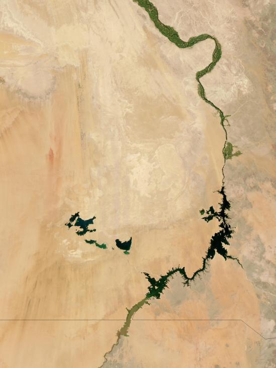 Nile.A2003241.1115.250m
